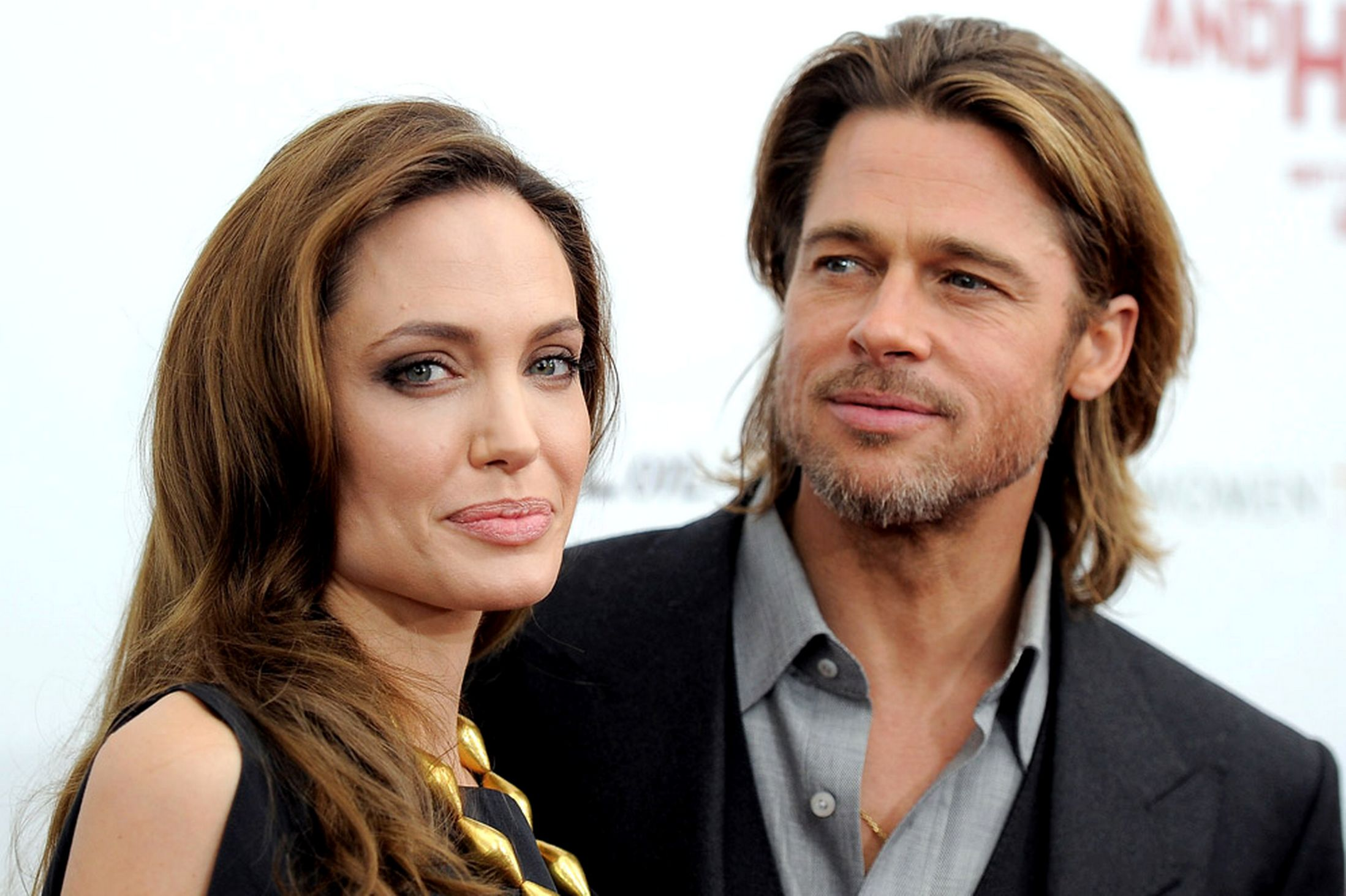 [Image: brad-pitt-and-angelina-jolie-1.jpg]