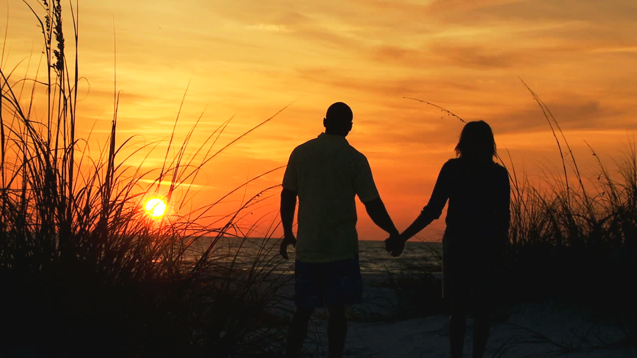 Couples therapy chicago steps to healing couples for Couples long weekend getaway