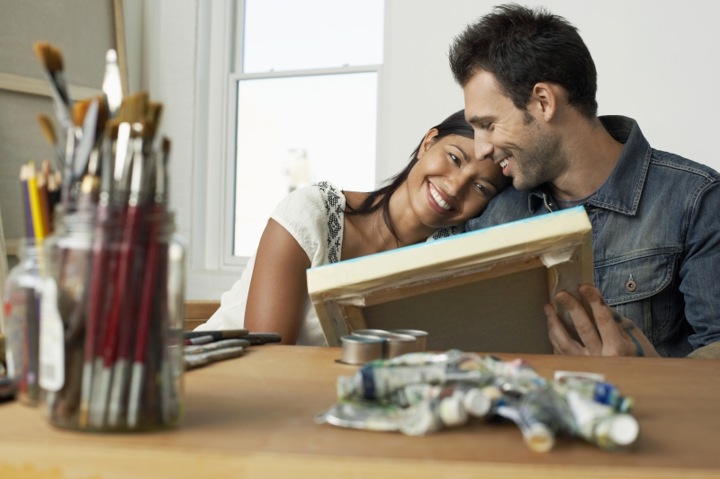 5 Fun Couples Activities Using Crafting